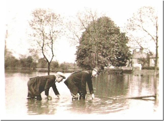 Fishlake-in-a-flood-1932
